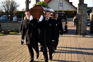 pogrzeb - pracownicy Steinhoff